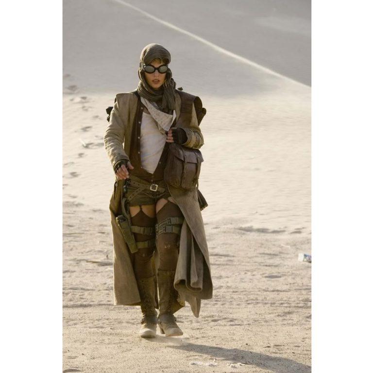 Resident Evil: Extinction MillaJovovich (Alice) Costume Coat